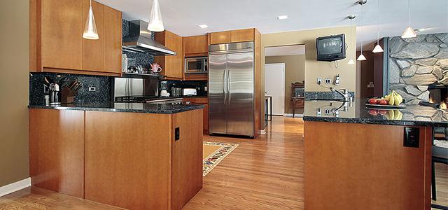 Loving Blue Pearl Granite: A Homeowneru0027s Guide