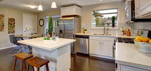 Know The Size Of Your Kitchen When Choosing Granite Color